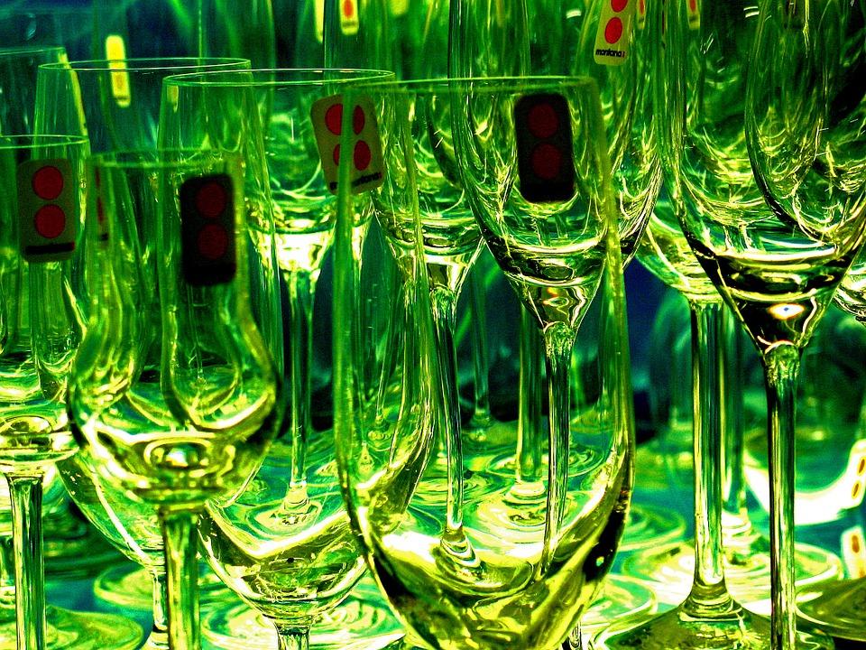 glasses-1008765_960_720