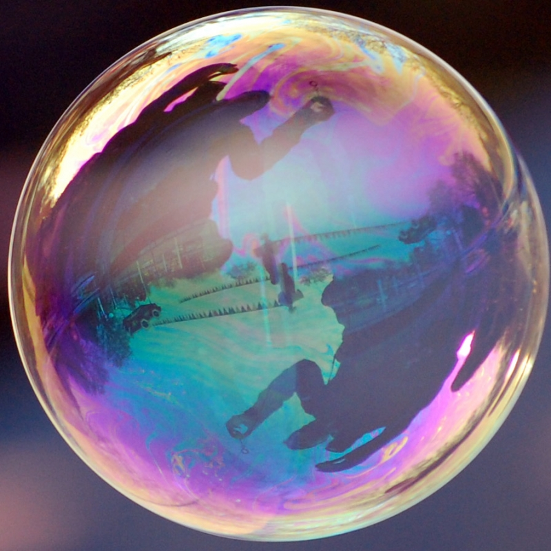 Reflection-in-soap-bubble905